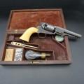 Colt 1859 gravé Gustave Young et son coffret